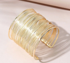 CHIC & UNIQUE Sculpted Artisanal Thin Gold Ribbed Wires Cuff Bracelet