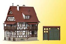 Vollmer 43732 H0 Winzerhaus mit Hoftor