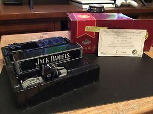 Matchbox Collectibles Jack Daniels Ford Aeromax truck 1/100 Stunning Model