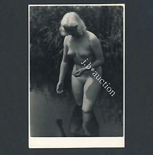 Nudism Pretty mature Woman 's bath/Nude signora nel lago nudista * VINTAGE 60s PHOTO