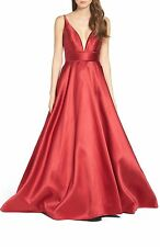 MAC DUGGAL PLUNGING SWEETHEART NECK RED WINE BALLGOWN  sz 10