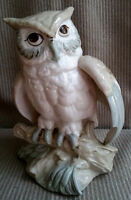 Vintage ALDON Accessories 1974 NYC Owl Porcelain Bird Figurine
