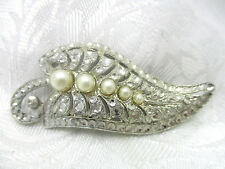 VINTAGE ESTATE JEWELRY FAUX MARCASITE & PEARL LEAF PIN BROOCH SILVER TONE METAL