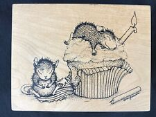 House Mouse rubber stamp Birthday cupcake 1997 collectible stamp