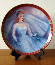 """1990 The Danbury Mint """"The 1959 Barbie Bride-To-Be"""" High Fashion Barbie plate"""
