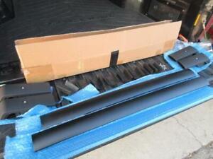 Universal Black Aluminum Aero Blade Roof Rack Cross Bars - Subaru Jeep
