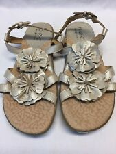EUC Born soft Leather BOC flower Gold Sandals flip flops 7 LKNEW comfort t strap