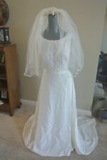 Alfred Angelo Ivory Crepe Sleeveless Bridal Gown Wedding Dress Size 12 FREE VEIL