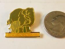 METRO WASHINGTON PARK ZOO ELEPHANT PIN