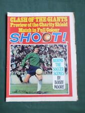 SHOOT - MAGAZINE- 8 AUG 1970- PAT JENNINGS - JIM FORREST - EVERTON & CHELSEA