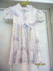 Vintage 60s Cinderella Little Girls Soft Dress Floral Sprigs Lace Trim Sz 6 USA