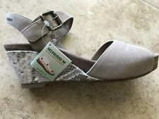 """New MEPHISTO """"Beauty"""" Light Sand Beige Suede Strappy Wedge Sandal Size US 9"""