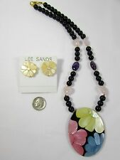 """Lee Sands """"Retired"""" Flower Power"""" Shell Inlay Necklace & Earring set"""