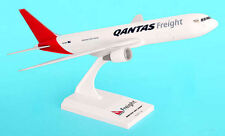 Qantas Freight Boeing 767-300F 1:200 SkyMarks SKR635 Flugzeug Modell B767 Cargo