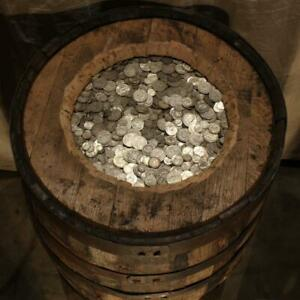 PLANTATION HOARD OF UNSEARCHED  OLD U.S.A. SILVER COINS FULL 1/2 POUND LOT
