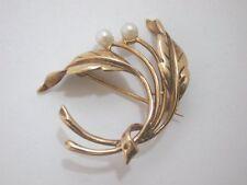 Precioso Vintage de 9 quilates de oro De Hoja De Broche Set Con Dos Hermosas Perlas Cultivadas