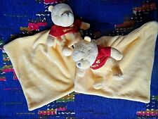 BP/ LOT DE 2 DOUDOU MOUCHOIR DISNEY NICOTOY WINNIE JAUNE ROUGE ABEILLE ETAT NEUF