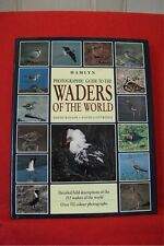 HAMLYN PHOTOGRAPHIC GUIDE TO WADERS OF THE WORLD; Rosair & Cottridge; 1995; HB