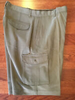 Tommy Bahama Men's Cargo Shorts Size 34 Green Flat Front 100% Silk