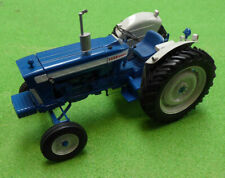 Universal Hobbies Tractor Ford 5000 (1964) 1/16th Scale Model