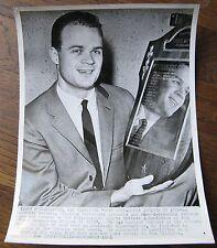 Jeffery Farrell, Oklahoma University record breaking Swimmer AP WIRE PHOTO 1960