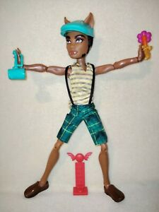 Monster High Clawd Wolf - Scarnival. EX DISPLAY ONLY HEAVY HITTING MANSTER SET!