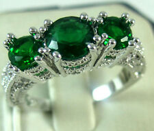 Fashion Women Silver Plated Emerald Three Stone Ring Engagement Wedding Jewelry