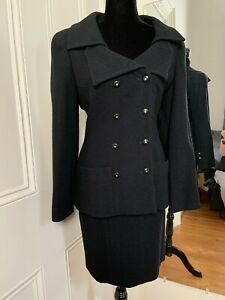 CHANEL WOMEN'S BLACK 2 PIECE SUIT 95A Size 6 French 40