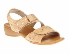 Munro Women's Tan American Brenna Slingback Sandal 1294 Size 7.5SS