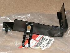 Renault Espace III  Power Steering Pipe Bracket Part Number 6025315007