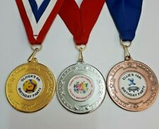 BIRTHDAY PARTY MEDALS PERSONALISED X 10 + RIBBON. FOOTBALL/ANY THEME PARTY BAG