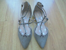 Boden Flats size 4 ==size 37 Bonnie Studded khaki colour