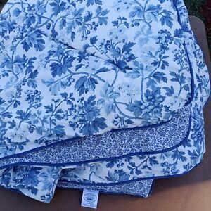 Vtg Laura Ashley USA TWIN Blue Floral Comforter EUC