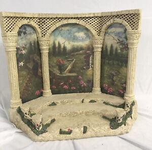 "Fontanini Nativity ~ TUSCAN GARDEN (Backdrop) #59501 ~ For 5"" Nativity ` IN BOX"