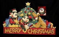 Disney - Midwest Mickey, Minnie & Pluto Merry Christmas Holiday Wall Decoration