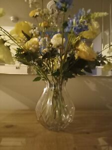 Clear glass bouquet vase - angular design