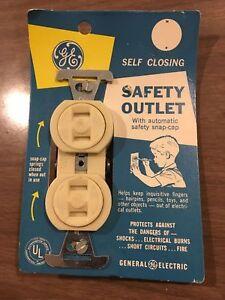 NOS Vintage GE Ivory Bakelite Safety Outlet Child Proof - 15A - 2-Prong - Rare!