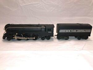 Lionel No. 221 Steam Locomotive with 221W Whistle Tender   Postwar