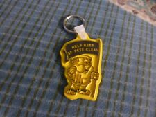 Vintage HELP KEEP ST. PETE Fl CLEAN  TRASH CAN MAN Keychain Collector !