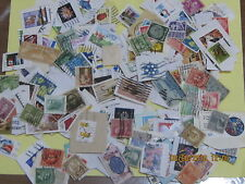 ASSORTMENT OF USED US POSTAGE STAMPS