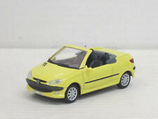 Peugeot 206 CC Cabrio in hellgelb, ohne OVP, Hongwell/Cararama, 1:43