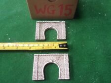 2x single tunnel  - Z scale gauge- painted and weathered- .brick Type, Weathered