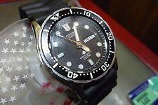Vintage CITIZEN Quartz 200m Diver PROMASTER 5502 Mens 38mm watch