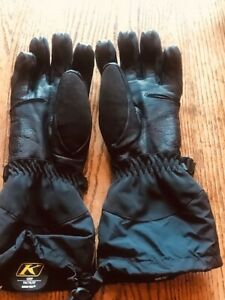 Klim Goretex Snowmobiling Gloves - Women's S.  Excellent Condition