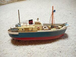 BATTERY OPERATED JAPANESE MADE SS MOBY DICK HANDMADE JAPAN 1950'S