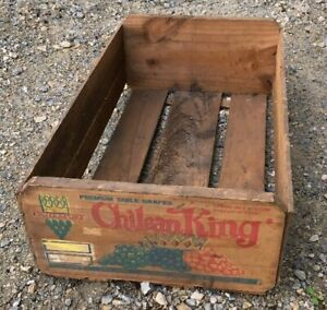 Vintage Wood Fruit Crate Box Chilean King Grapes Santiago Chile Painted Graphics