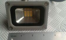 10 watt, 12 volt led flood light (warm white) outdoor security/garden light.
