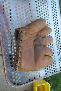 Vintage Antique Leather Split Finger Baseball Glove Buckle Back Small