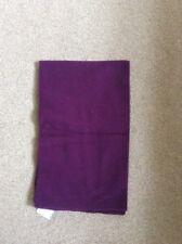 """BNWT """"Johnstons' 100% Laine Foncé Violet Profond couleur uni foulard sans franges"""
