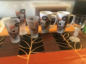 3 Disneyland Paris Frosted Glasses  2 Mugs & Wine Glass Mickey Mouse Sketch